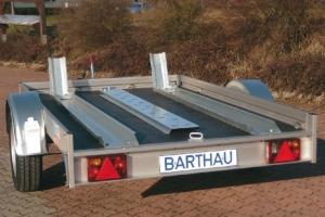Barthau Motorradanhänger QM1351 Einachs gebremst 2.210 x 1.560 x 100 mm, 1.350 kg (1,35 to ) mit 2 Standschienen Anhängerpark Salzburg